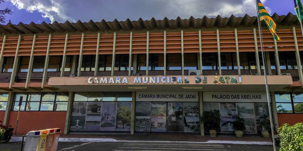 ALESSANDRA SOLICITA COMPRA DE COLCHÕES ANTIESCARAS PARA INSTITUIÇÕES