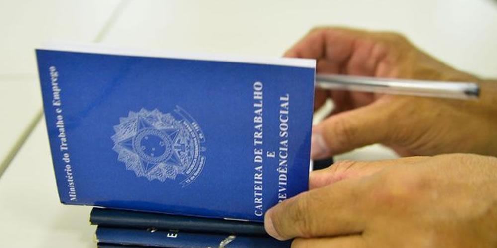 PROGRAMA DE REDUÇÃO DE SALÁRIOS PRESERVA MAIS DE 500 MIL EMPREGOS