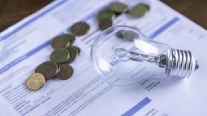 Conta de luz continuará em agosto com taxa extra mais elevada, informa Aneel